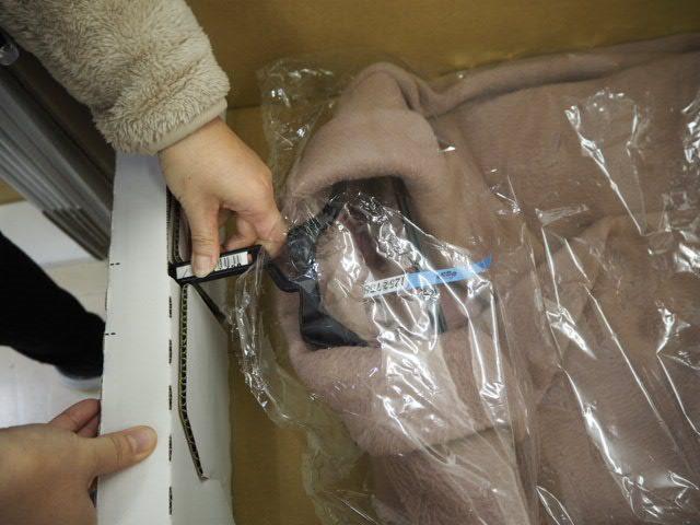 宅配クリーニング『リナビス』仕上がり品箱梱包2