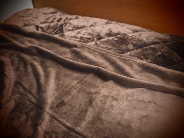 あたたかいかけ敷き毛布mofuaモフア