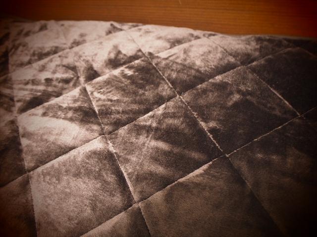 あたたかい敷き毛布mofuaモフア